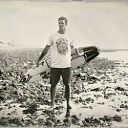 Deszkára fel! 60 éves múltra tekinthet vissza a szörfös trend