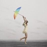 Angol esővel érkezik Gabrielle