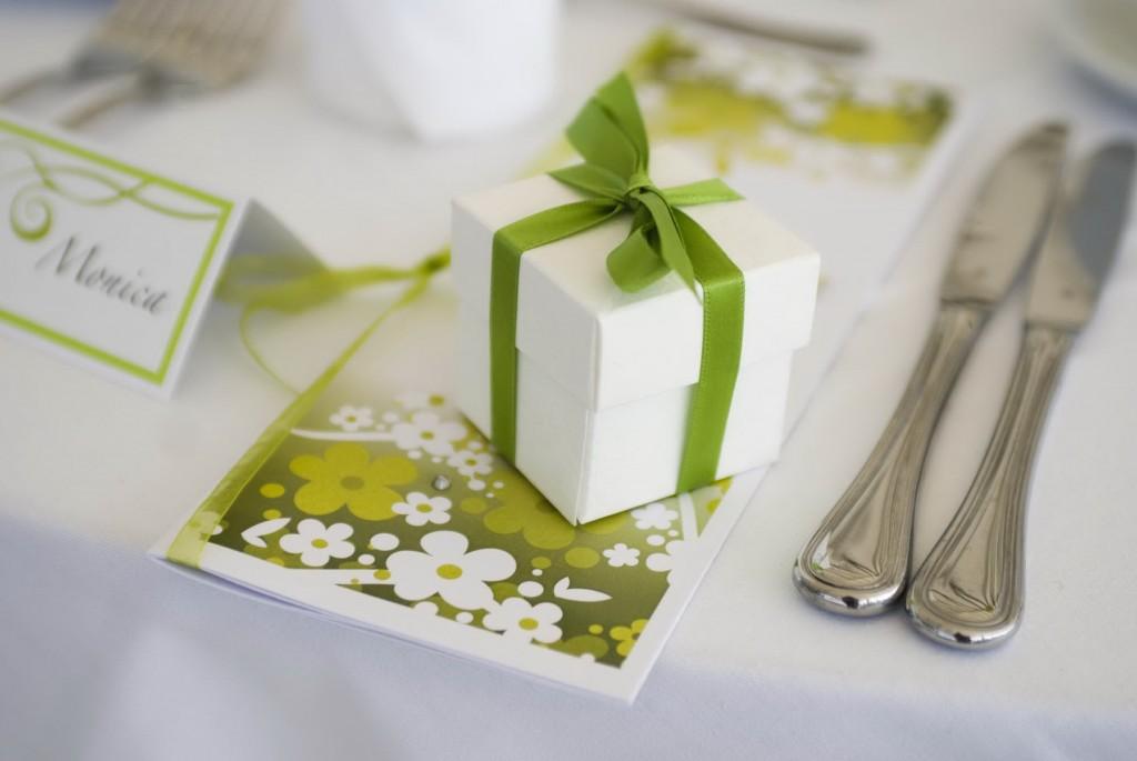 zöld szín az esküvőn mindennapi nő blogmagazin