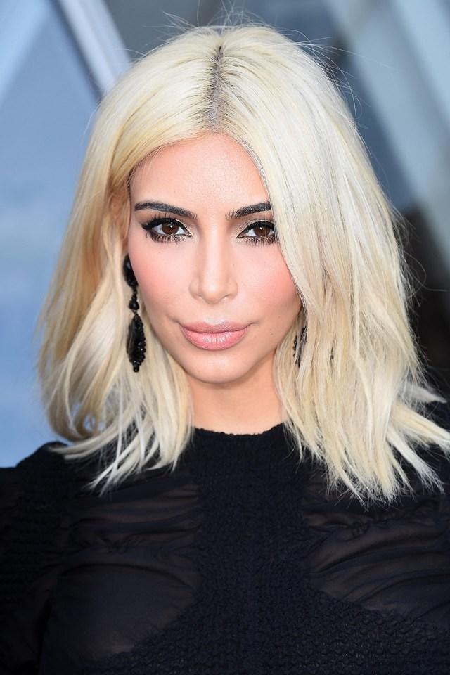 kim-kardashian_glamour_12mar15_pa_b_640x960