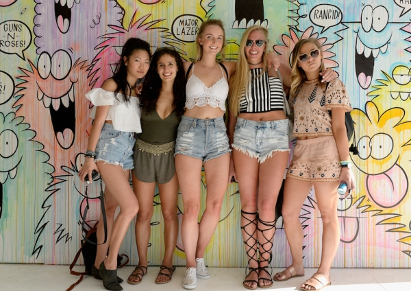 music-fans-attend-day-1-of-the-2016-coachella-valley-music-arts-festival-weekend-1-at-the-empire-polo-club-on-april-15-2016-in-indio-california