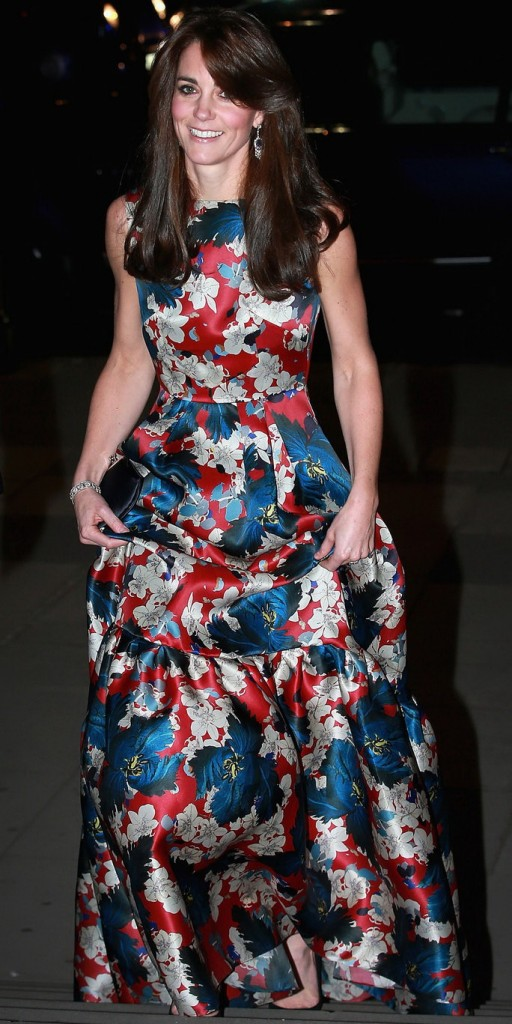 Oct. 27, 2015 - London, UK - The Duchess of Cambridge arriving for the 100 Women in Hedge Funds Gala Dinner in aid of The Art Room, at the Victoria and Albert Museum in London. (Credit Image: © Chris Jackson/PA Wire via ZUMA Press) PA Wire via ZUMA Press ZUMA-20151027_zaa_p134_347.jpg 20151027_zaa_p134_347.jpg