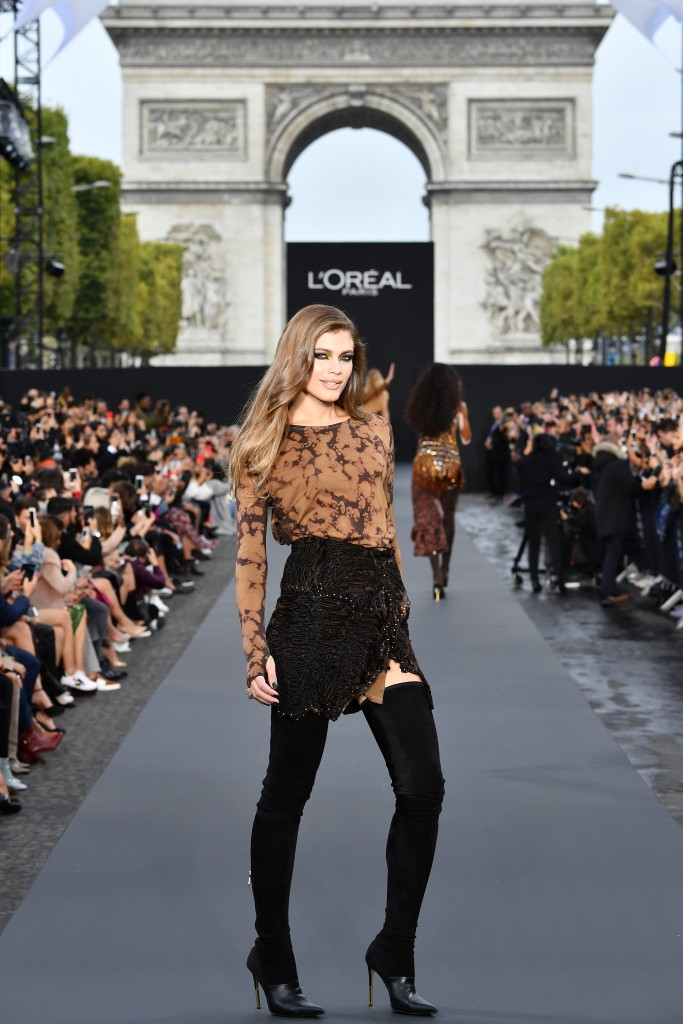 PARIS, FRANCE - OCTOBER 01:  Valentina Sampaio l walks the runway during Le Defile L'Oreal Paris as part of Paris Fashion Week Womenswear Spring/Summer 2018 at Avenue Des Champs Elysees on October 1, 2017 in Paris, France.  (Photo by Pascal Le Segretain/Getty Images for L'Oreal Paris)